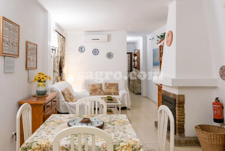 comfortable two bedroomed unit in El Capistrano Village